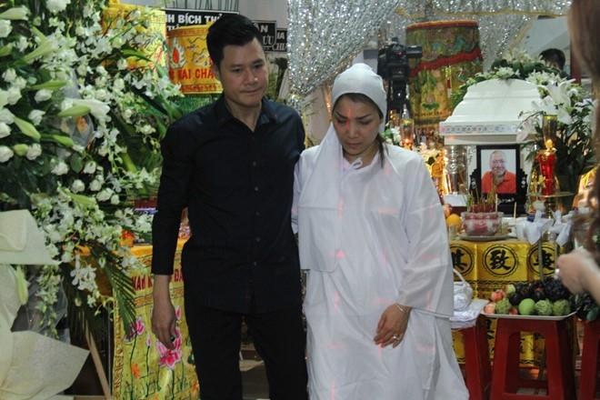 Ca sĩ Quang Dũng chia sẻ mất mát với bạn thân. Họ gắn bó và chơi thân từ khi cả hai mới từ quê lên Sài Gòn lập nghiệp.