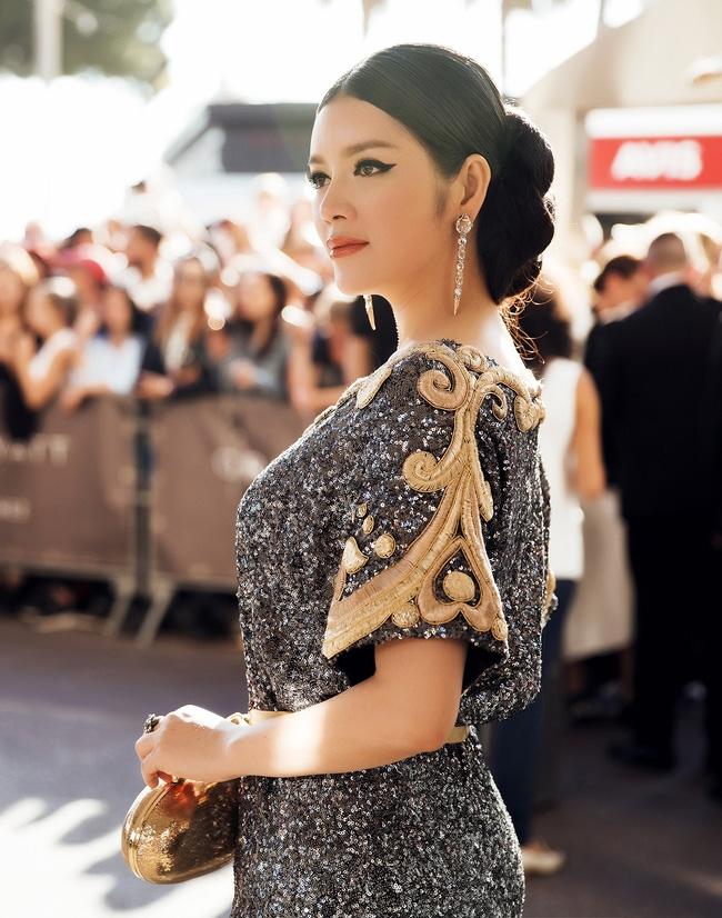 Ai cũng phải trầm trồ trước vẻ kiêu sa khó cưỡng của Lý Nhã Kỳ trên thảm đỏ LHP Cannes - Ảnh 8.