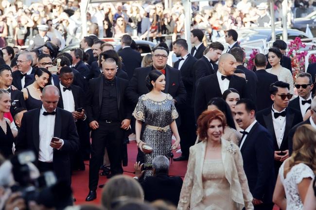 Ai cũng phải trầm trồ trước vẻ kiêu sa khó cưỡng của Lý Nhã Kỳ trên thảm đỏ LHP Cannes - Ảnh 11.