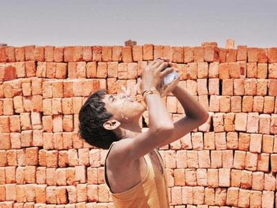 Ấn Độ nóng kỷ lục 51 độ C