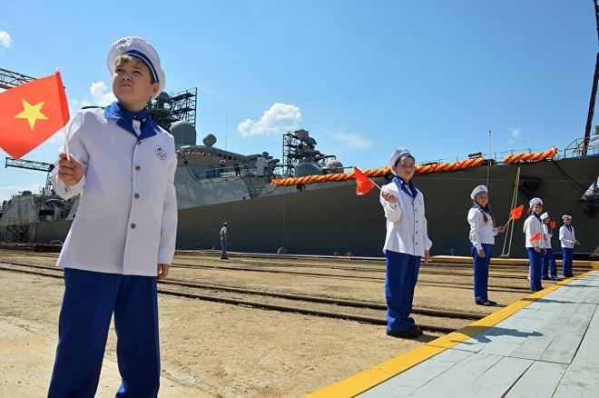 [ẢNH] Nga hạ thủy tàu Gepard thứ 4 cho Việt Nam - Ảnh 7.