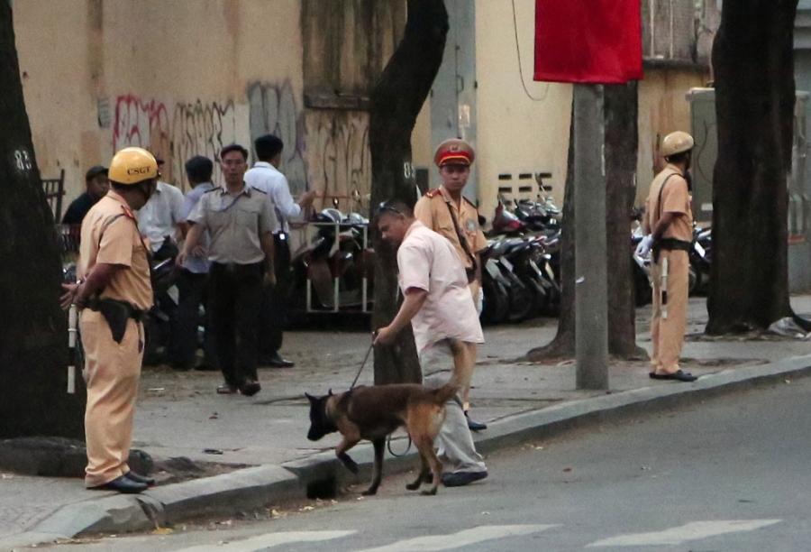 Chó nghiệp vụ, những 'sĩ quan' đặc biệt bảo vệ Tổng thống Obama tại Việt Nam - ảnh 4