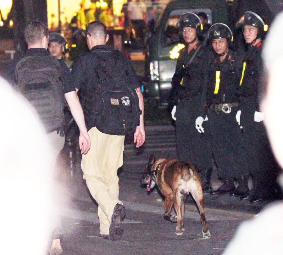 Chó nghiệp vụ, những 'sĩ quan' đặc biệt bảo vệ Tổng thống Obama tại Việt Nam - ảnh 6