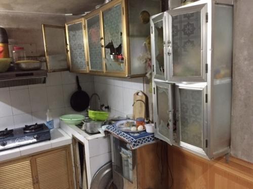Hà Nội: Côn đồ ngang nhiên xông vào nhà dân cướp gần 100 triệu đồng - Ảnh 3