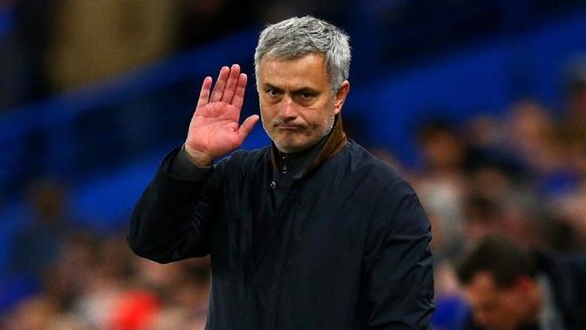 Mourinho đến Man Utd để trả thù Chelsea - Ảnh 2.
