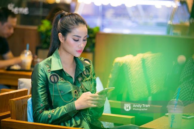 Clip: Phạm Hương nhảy sexy, nhắn nhủ Quỳnh Mai trước khi vào The Face - Ảnh 4.