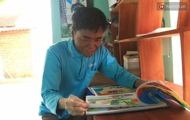 Cậu bé người rắn ở Quảng Nam: Hồi trước các bạn bỏ chạy vì sợ, nhưng giờ nhiều bạn thân với con lắm. - Ảnh 15.