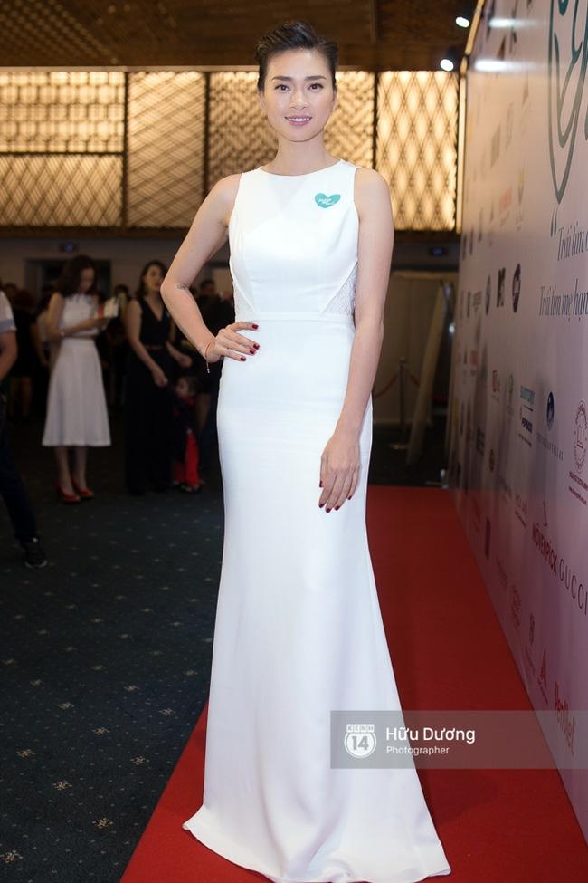 Dàn sao Việt xúng xính váy áo dự sự kiện của Ngô Thanh Vân - Ảnh 1.