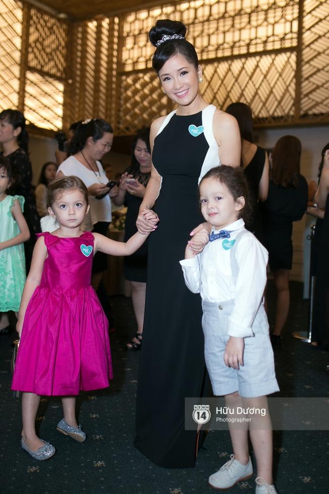 Dàn sao Việt xúng xính váy áo dự sự kiện của Ngô Thanh Vân - Ảnh 12.