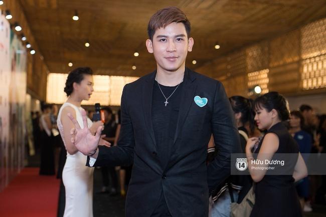 Dàn sao Việt xúng xính váy áo dự sự kiện của Ngô Thanh Vân - Ảnh 22.