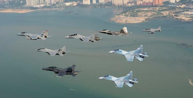 Việt Nam đưa tiêm kích Su-30MK2 diễn tập ở nước ngoài?