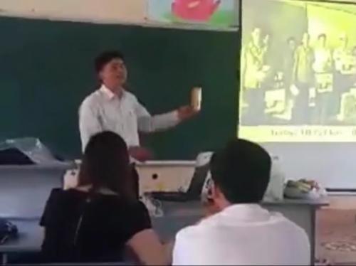 Nghỉ học để giáo viên ngồi nghe tiếp thị: Còn gì 'sướng' hơn?! - Ảnh 1