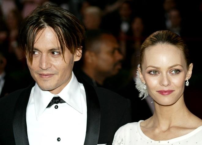 Ban gai cu viet tam thu benh vuc Johnny Depp hinh anh 2