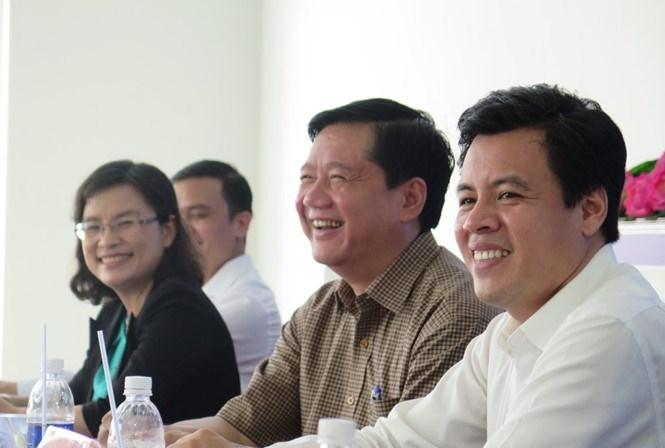 Bí thư Đinh La Thăng (giữa) trong lần tiếp xúc cử tri ở huyện Củ Chi /// Ảnh: Trung Hiếu