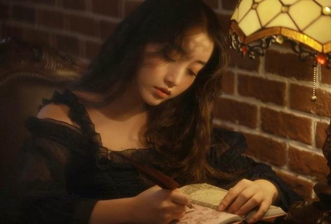 Hot girl 18 tuổi Trung Quốc khiến dân tình mê mệt vì xinh như nữ thần - Ảnh 1.