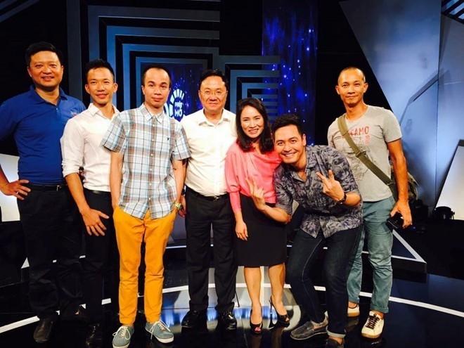 Tu chuyen MC Phan Anh den van hoa like, share tren Facebook hinh anh 1