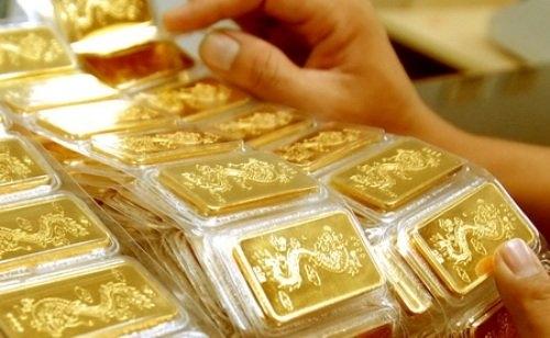 Cảnh báo, giá vàng, tăng giá, lãi suất, tiền gửi, FED, dự báo, vàng trong nước, ngân hàng