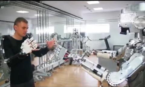 Nga lo robot sat thu truoc su lo lang cua My