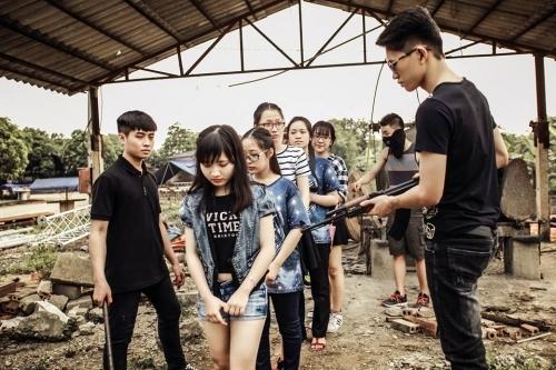 Phát sốt ảnh kỷ yếu 'giải cứu mỹ nhân' của học sinh Ninh Bình - Ảnh 4
