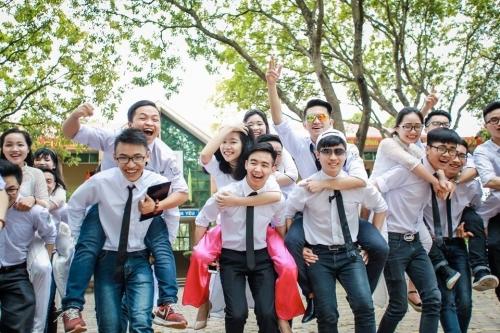 Phát sốt ảnh kỷ yếu 'giải cứu mỹ nhân' của học sinh Ninh Bình - Ảnh 14