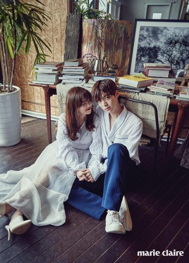 Rò rỉ hình ảnh hiếm hoi bên trong đám cưới của Goo Hye Sun - Ahn Jae Hyun - Ảnh 8.