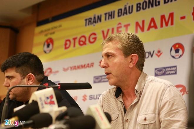 'Syria chi choi 30% suc manh o tran thua Viet Nam' hinh anh 1