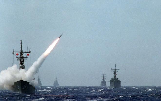 Việt Nam đã có thể tiếp nhận khinh hạm Oliver Hazard Perry - Ảnh 2.