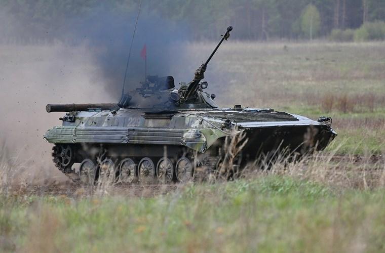 Muc kich xe chien dau bo binh BMP-2 quyet chien du doi-Hinh-7