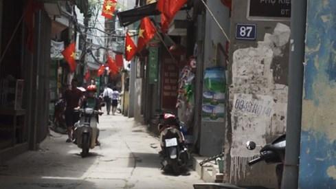 Mỹ công bố clip hậu trường chuyến thăm Việt Nam của Tổng thống Obama - ảnh 6