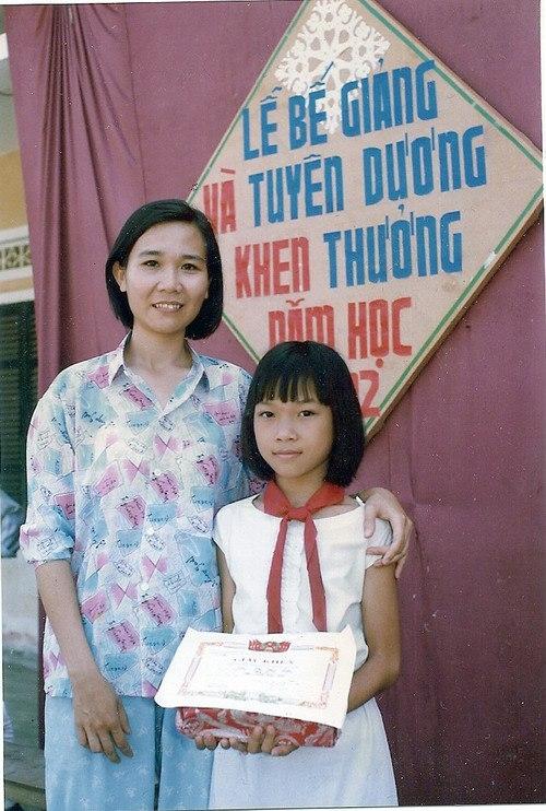 Sao Việt thi nhau khoe ảnh thuở bé nhân ngày Quốc tế Thiếu nhi - Ảnh 2.
