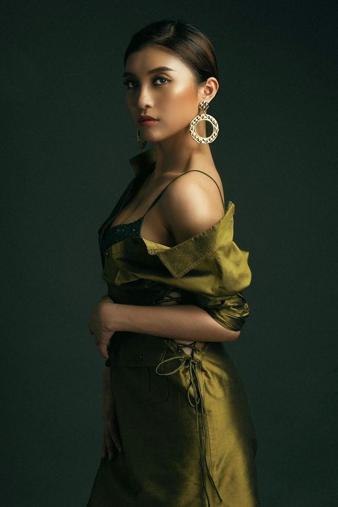 Chau gai Lam Truong lot xac voi phong cach sexy hinh anh 5