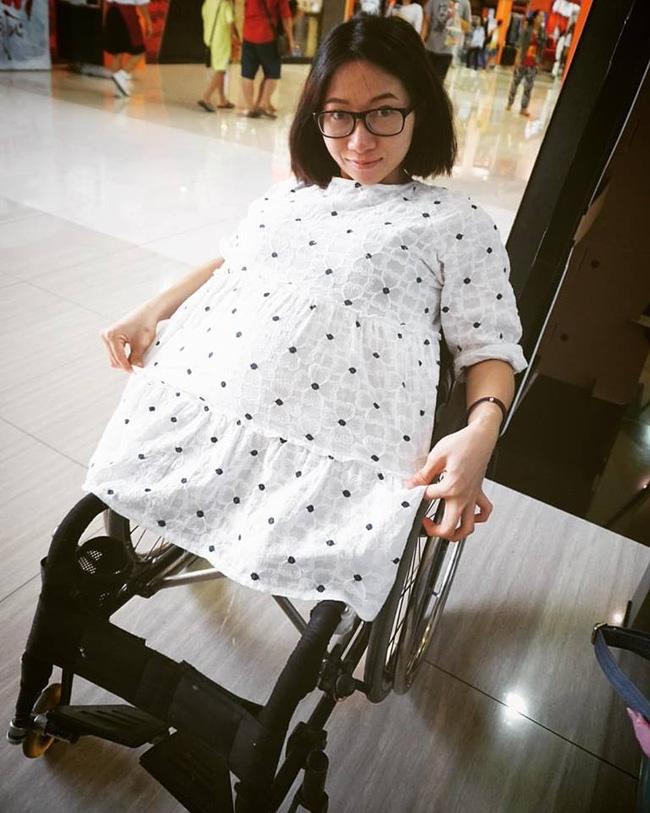 Hàng triệu người cùng khóc, cùng cười với chuyện tình của cô bé Sọ Dừa Thái Lan - Ảnh 9.