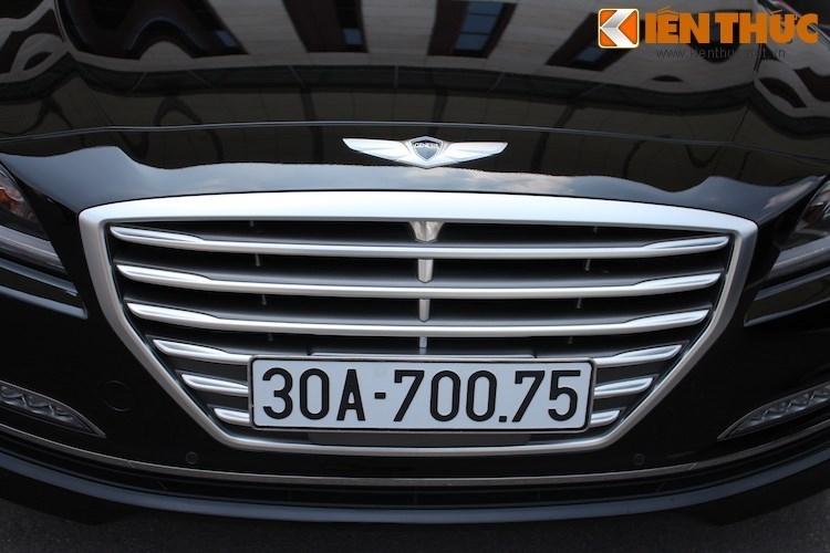 Hyundai Genesis gia 2,5 ty dau tien ra bien trang tai VN-Hinh-2