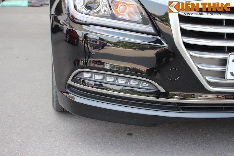 Hyundai Genesis gia 2,5 ty dau tien ra bien trang tai VN-Hinh-4