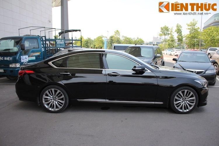 Hyundai Genesis gia 2,5 ty dau tien ra bien trang tai VN-Hinh-6