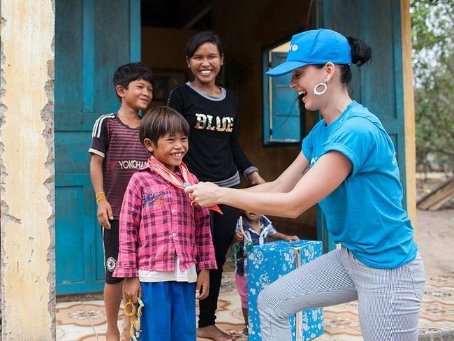 Katy Perry chia se ve chuyen tham Viet Nam hinh anh 1