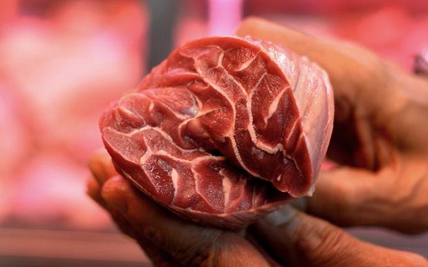 Bóc mẽ chiêu thức làm thịt bít tết từ những miếng thịt vụn - Ảnh 4.
