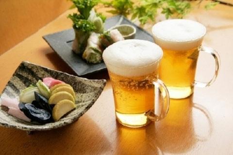 Mùa hè uống bia giải nhiệt như thế nào để vẫn khỏe mạnh? - Ảnh 1