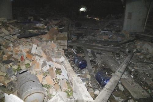 Nổ lớn ở đảo Phú Quý, 5 người bị thương: Có thể xử lý hình sự - Ảnh 1
