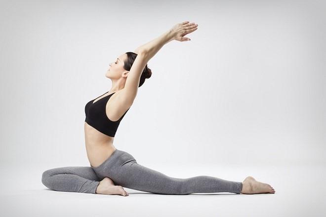 Sai lam nguoi moi tap yoga can tranh hinh anh 1