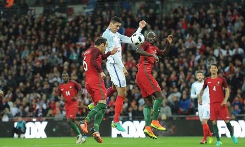 Smalling ghi bàn duy nhất giúp ĐT Anh đánh bại Bồ Đào Nha