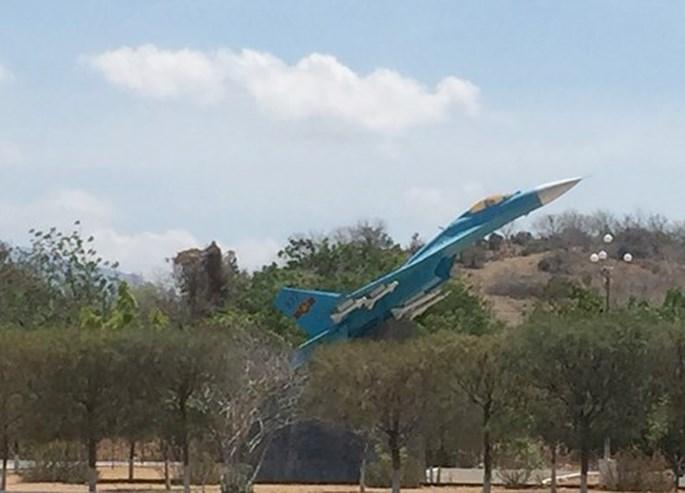 Báo Nga đưa tin Việt Nam tự sửa chữa tiêm kích Su-27, Su-30 - ảnh 2