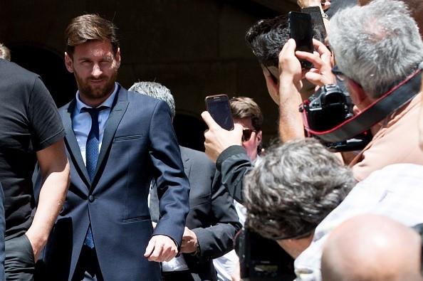 Messi, dang sau su ngay tho la trum mafia? hinh anh 2