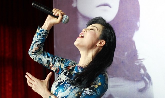 Thu Phuong: 'Toi khong can dua hoi ai, ke ca Son Tung' hinh anh 3