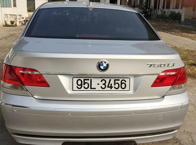 Truong phong CSGT bac thong tin dung xe BMW bien so 3456 hinh anh 1