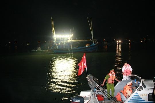 Chìm tàu sông Hàn: Xác định danh tính 3 người mất tích - 3