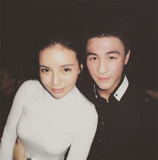 Cuộc sống vương giải của vị thiếu gia đẹp trai giàu nhất Singapore - Ảnh 8.