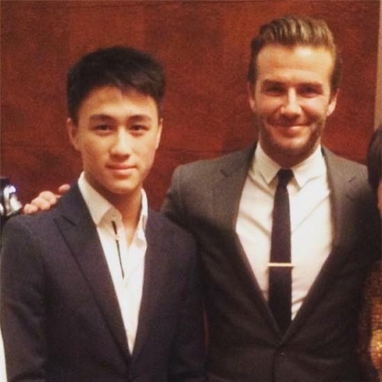 Cuộc sống vương giải của vị thiếu gia đẹp trai giàu nhất Singapore - Ảnh 11.