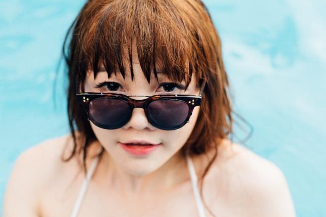 Dàn hot girl mặc bikini bốc lửa tại tiệc bể bơi - Ảnh 10.