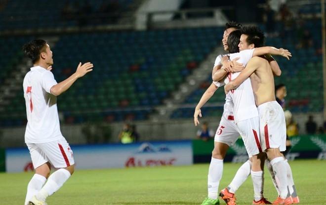 Thang Singapore 3-0, Viet Nam vo dich cup tu hung Myanmar hinh anh 3